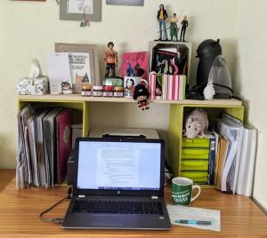Bild von Bente Aviors Schreibplatz